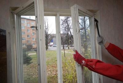 Подготовка к демонтажу окна